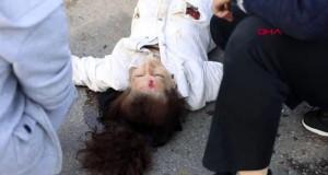 Kamyonet otomobile çarptı: 3 yaralı